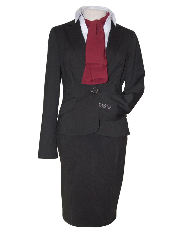 uniforme negro pañuelo granate