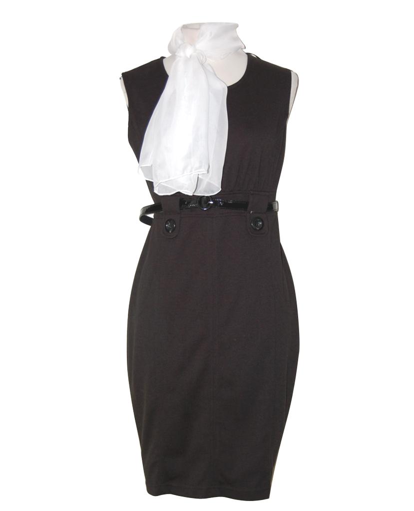 Falda negra en tienda de ropa 1 - 3 part 3