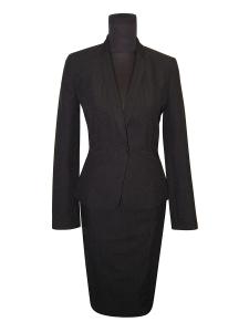 Uniforme traje negro (solo servicio de alquiler)