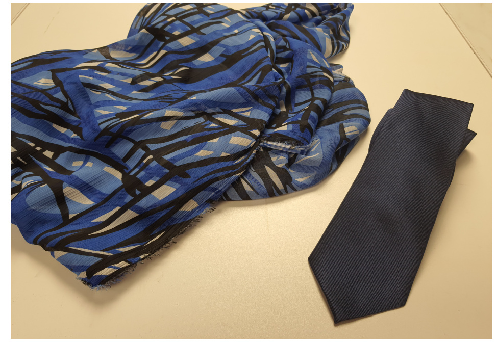 Conjunto De Pañuelos Estampados Y Corbatas
